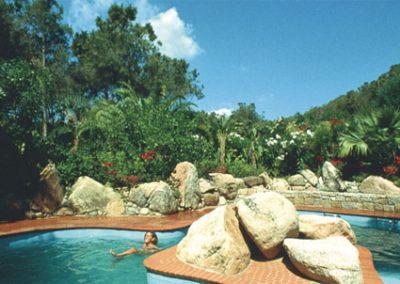 szardinia_hotel_5_csillagos_deli_part_forte_village_resort_luxus_udulofalu_pula_luxus_utazas