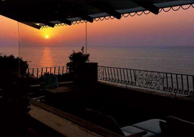 szardinia_hotel_5_csillagos_deli_part_forte_village_resort_luxus_udulofalu_pula_naplemente