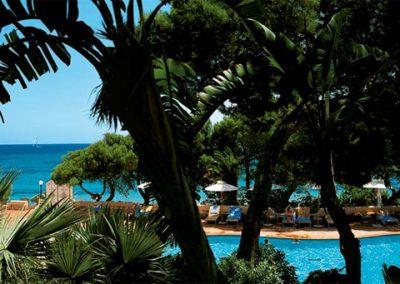 szardinia_hotel_5_csillagos_deli_part_forte_village_resort_luxus_udulofalu_pula_park