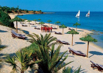 szardinia_hotel_5_csillagos_deli_part_forte_village_resort_luxus_udulofalu_pula_strand