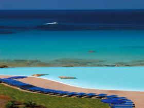 szardinia_hotel_5_csillagos_eszaki_part_collona_hotel_capo_testa_santa_teresa_di_gallura_beach