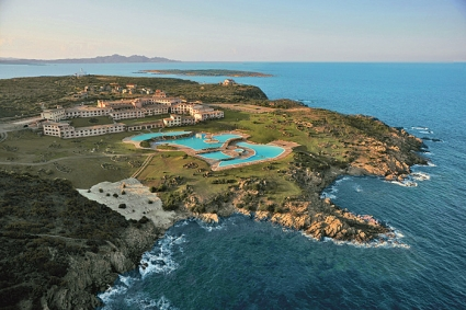 szardinia_hotel_5_csillagos_eszaki_part_colonna_resort_porto_cervo_panorama_foto