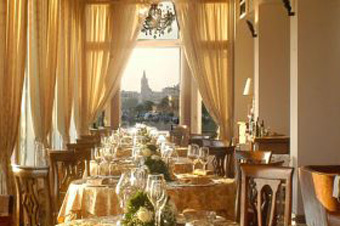 szardinia_hotel_5_csillagos_eszaki_part_villa_las_tronas_hotel_alghero_etterem2