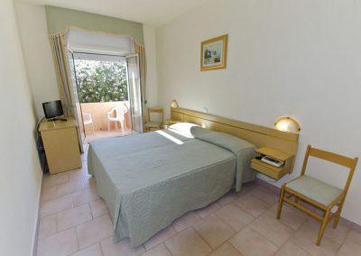 szardinia_3_csillagos_hotel_eszaki_part_hotel_gabbiano_isola_rossa_szoba