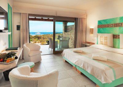szardinia_5_csillagos_hotel_eszaki_part_resort_valle_dell_erica_thalasso_spa_santa_teresa_di_gallura_haloszoba