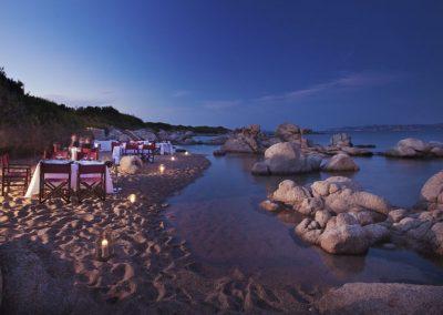 szardinia_5_csillagos_hotel_eszaki_part_resort_valle_dell_erica_thalasso_spa_santa_teresa_di_gallura_romantikus_vacsora