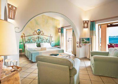 szardinia_5_csillagos_hotel_eszaki_part_resort_valle_dell_erica_thalasso_spa_santa_teresa_di_gallura_szoba