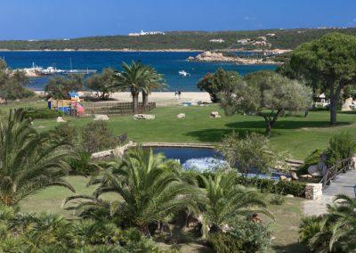 szardinia_hotel_4_csillagos_eszaki_part_hotel_le_palme_porto_cervo_kert