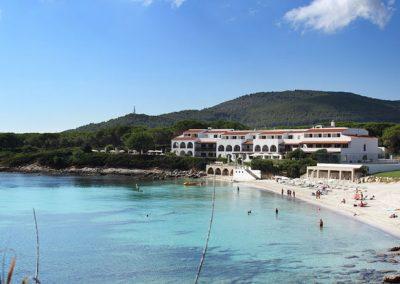szardinia_hotel_4_csillagos_eszaki_part_hotel_punta_negra_alghero_tengerpart