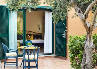 szardinia_hotel_deli_part_alpitour_tanka_village_casbah_standard_terasz