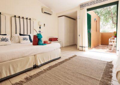 szardinia_hotel_deli_part_alpitour_tanka_village_monte_garde_casbah_superior_szoba