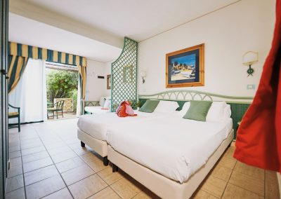 szardinia_hotel_deli_part_alpitour_tanka_village_monte_garde_szoba