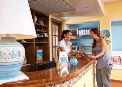 szardinia_hotel_la_funtana_check_in