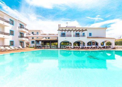 szardinia_hotel_la_funtana_esterni_are_piscina1.jpg