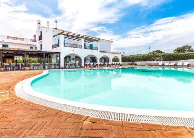 szardinia_hotel_la_funtana_esterni_are_piscina10.jpg