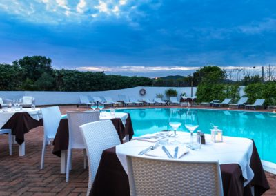 szardinia_hotel_la_funtana_esterni_are_piscina4.jpg