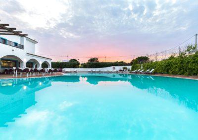szardinia_hotel_la_funtana_esterni_are_piscina8.jpg