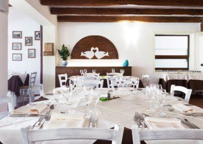 szardinia_hotel_la_funtana_ristorante_sala_interna_taverna1