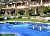 szardinia_hotel_deli_part_villasimius_hotel_su_giganti_medence_1
